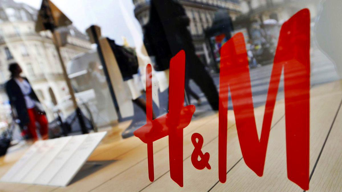 H πολυεθνική εταιρεία λιανικής πώλησης ειδών ένδυσης H   M (Hennes    Mauritz) που δραστηριοποιείται σε 61 χώρες με πάνω από 3.700 καταστήματα  αναζητεί ... 6df37682d43