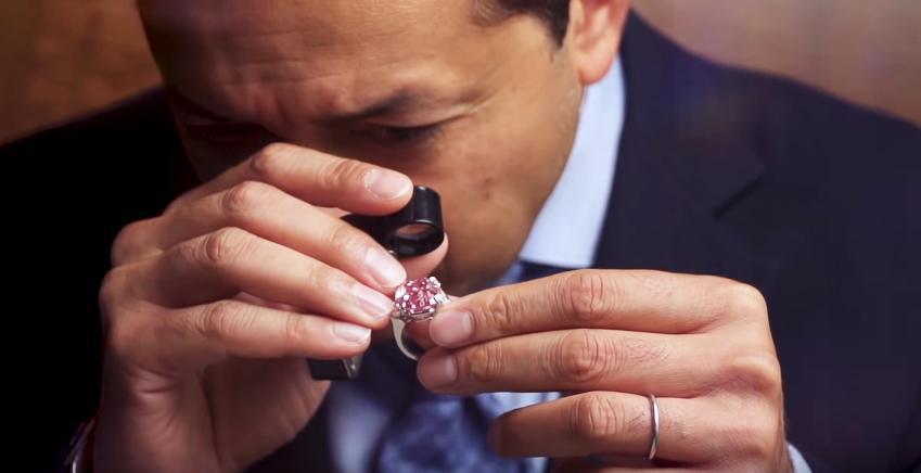 Το διαμάντι που πουλήθηκε 44 da8b4245564