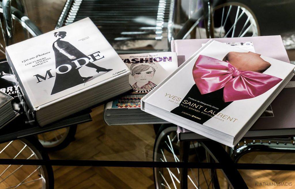 2526b620ceb Ζήσαμε το making of της έκθεσης μόδας που θα συζητηθεί στη Θεσσαλονίκη!