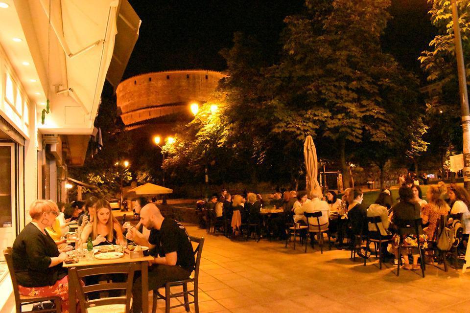 7 Σημεία Γαστρονομικών Απολαύσεων με Θέα σε Τοπόσημα της Θεσσαλονίκης, φωτογραφία-1