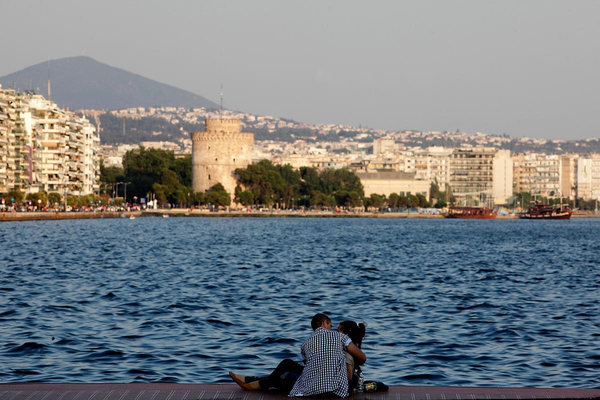 ee660f2e10 Η VΟGUE προτείνει Θεσσαλονίκη αυτή την άνοιξη