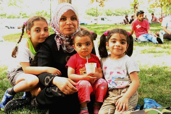 89bca0445e2 Προστασία στους ανήλικους πρόσφυγες   Parallaxi Magazine